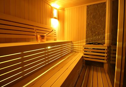 Özenle seçilen ahşaplar ile imal edilen SunCare Saunaları, imalattan kullanıma kadar her tür detay düşünülerek projelendirilir...